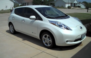 Nissan LEAF sales record